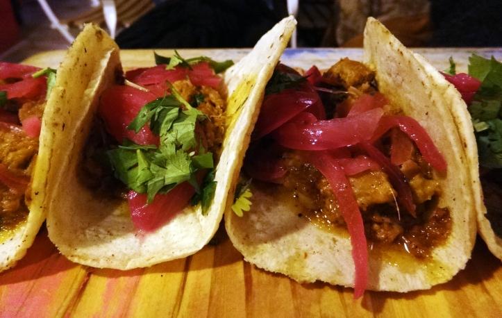 tacos cochinita chido one