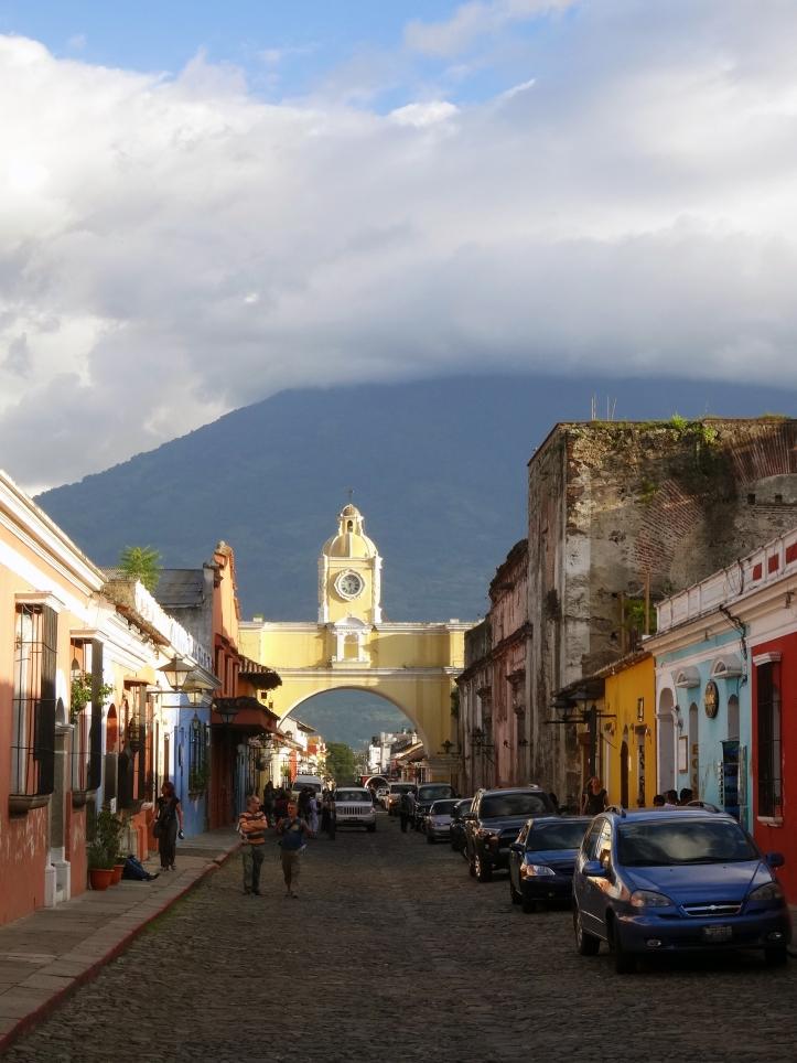 antigua guatemala-arc