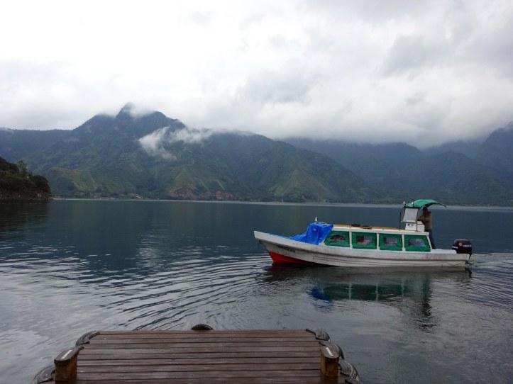 atitlan-llac-muelle
