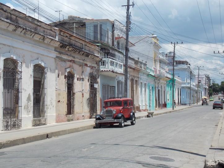 Cienfuegos carrer.JPG