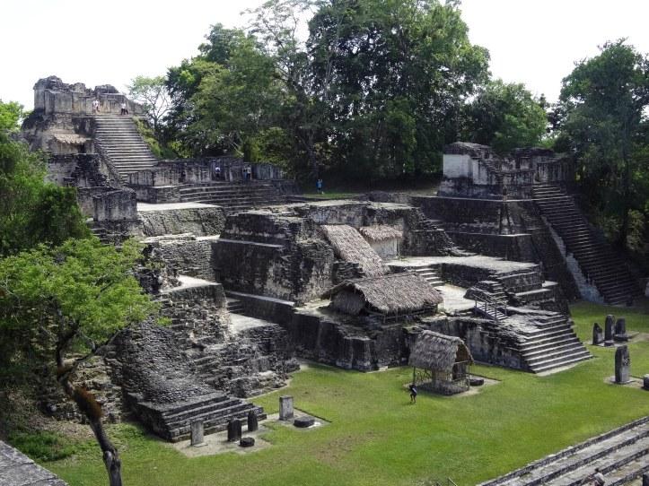 tikal-temples-funeraris