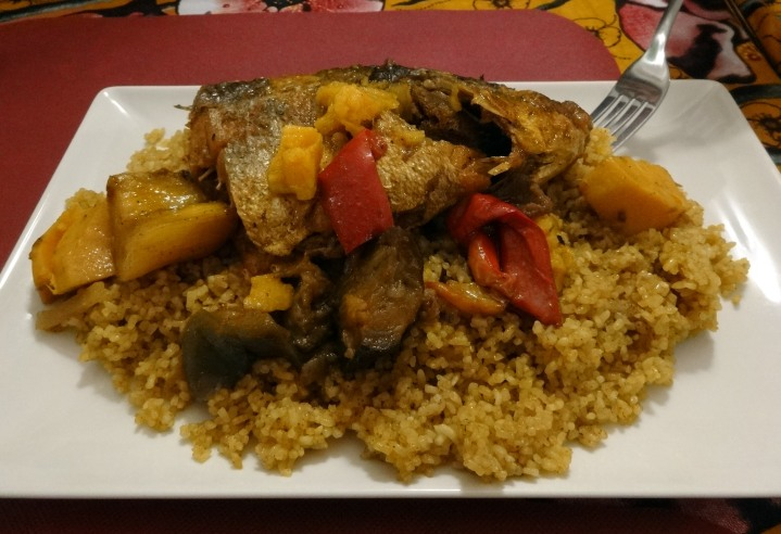 Thidjebujen: arròs amb peix i diverses hortalisses