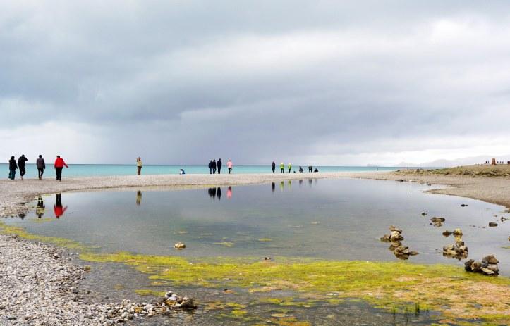 Passejant al voltant del llac Namtso